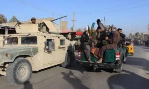 Αφγανιστάν: 10.000 οι άμαχοι εγκατέλειψαν την Κουντούζ λόγω της επίθεσης των Ταλιμπάν