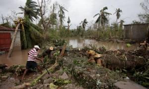 Τυφώνας Μάθιου: «Περιοχές των ΗΠΑ θα είναι ακατοίκητες για μήνες μετά το πέρασμα του τυφώνα» (Pic)