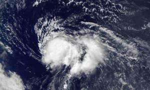 Εξασθενεί η τροπική καταιγίδα Νικόλ - Μετακινείται νότια του Πουέρτο Ρίκο