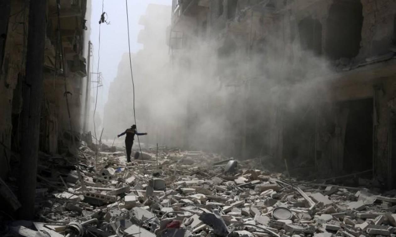 Συρία: Ο στρατός προελαύνει στη Χάμα - Το ΙΚ ανακατέλαβε θέσεις των ανταρτών