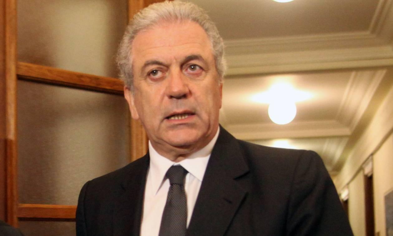 Αβραμόπουλος: Το προσφυγικό, και όχι η οικονομική κρίση, δοκιμάζει την Ευρώπη