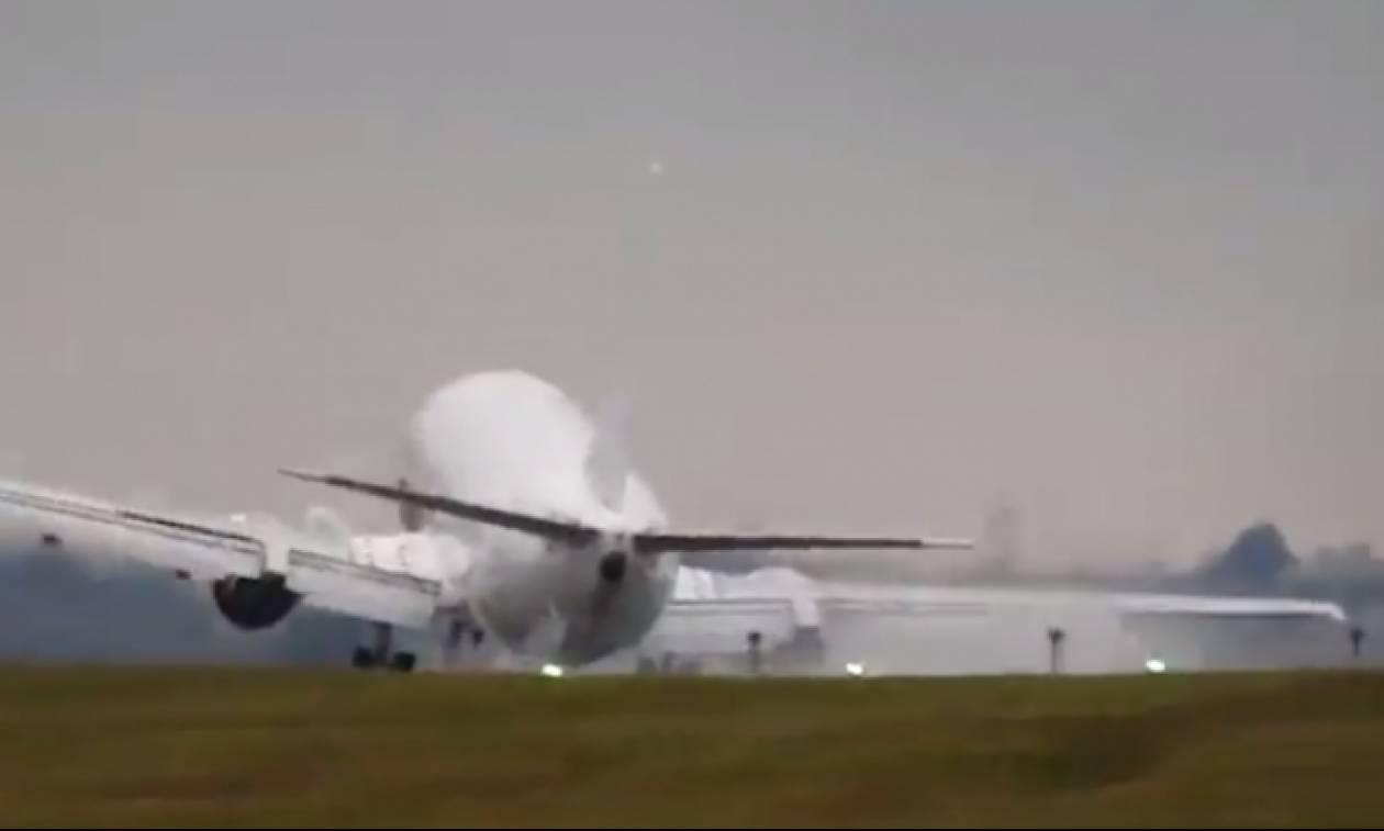 Αυτή η προσγείωση δεν... προσφέρεται για καρδιακούς (video)