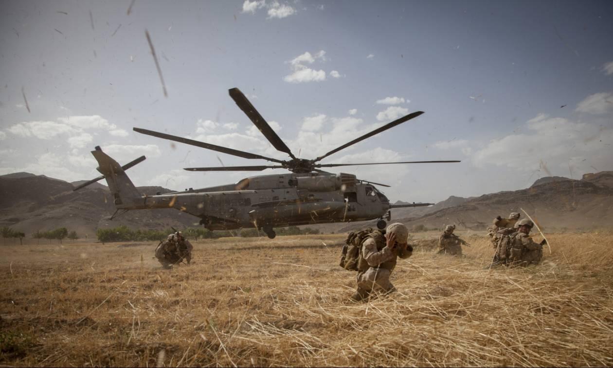 Μουτζαχεντίν κατέρριψαν στρατιωτικό ελικόπτερο στο Αφγανιστάν - Τουλάχιστον επτά νεκροί