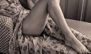 Η Ελληνίδα «Μπελούτσι»  στο κρεβάτι (pics)