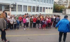 Θεσσαλονίκη: Μαθήματα ανθρωπιάς από μαθητές που καλωσόρισαν τα προσφυγόπουλα