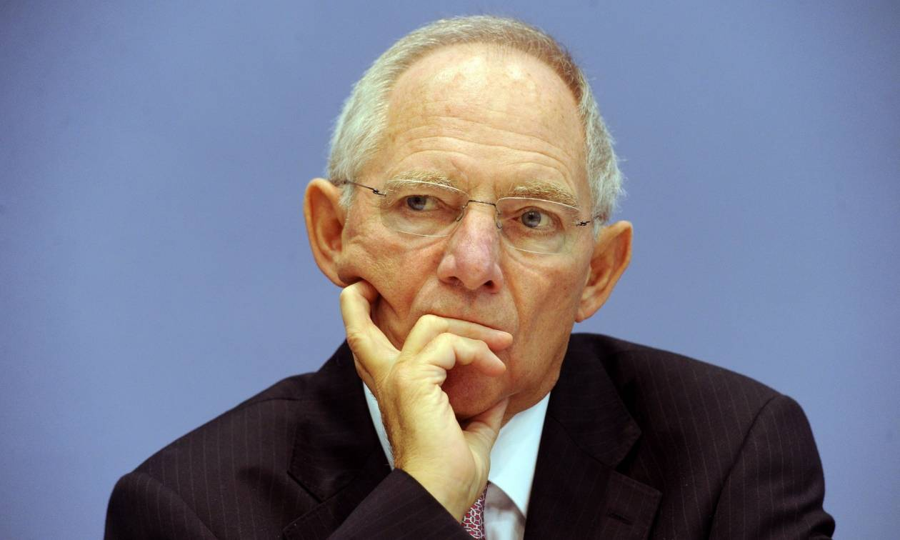 Σόιμπλε: «Το ΔΝΤ μένει στο πρόγραμμα και θα καταβάλλει τη δόση πριν το τέλος του 2016»