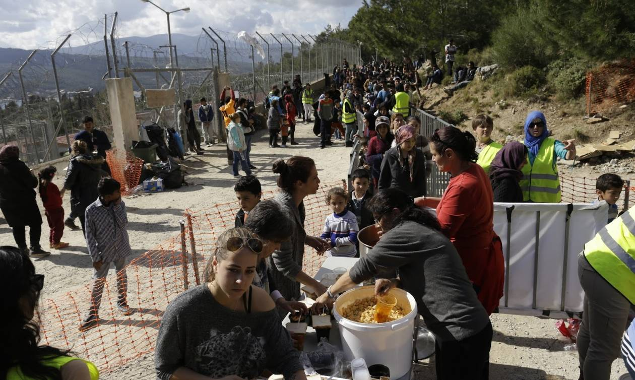 Σύσκεψη για το προσφυγικό: Σταδιακή αποσυμφόρηση της Σάμου και μέτρα για την τοπική κοινωνία