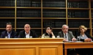 Συμβολαιογράφοι: Δεχόμαστε απειλές για τους πλειστηριασμούς