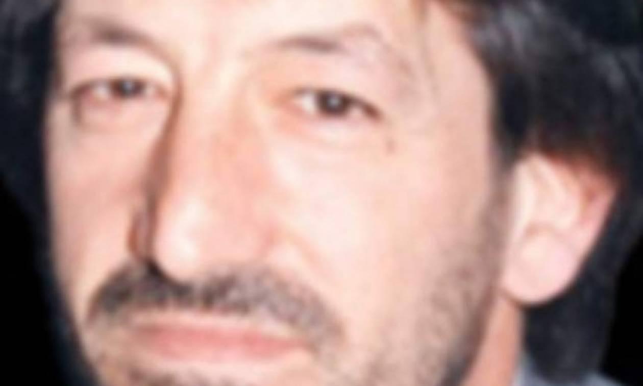 Θρήνος στον Βόλο: Πέθανε στα χέρια των κολλητών του