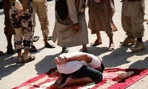 Νέα φρικαλεότητα των τζιχαντιστών: Λιθοβόλησαν μέχρι θανάτου δύο άνδρες για μοιχεία (pics)