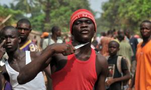 Βάφτηκε με αίμα η Κεντροαφρικανική Δημοκρατία: Φονικές συγκρούσεις με δεκάδες νεκρούς και τραυματίες