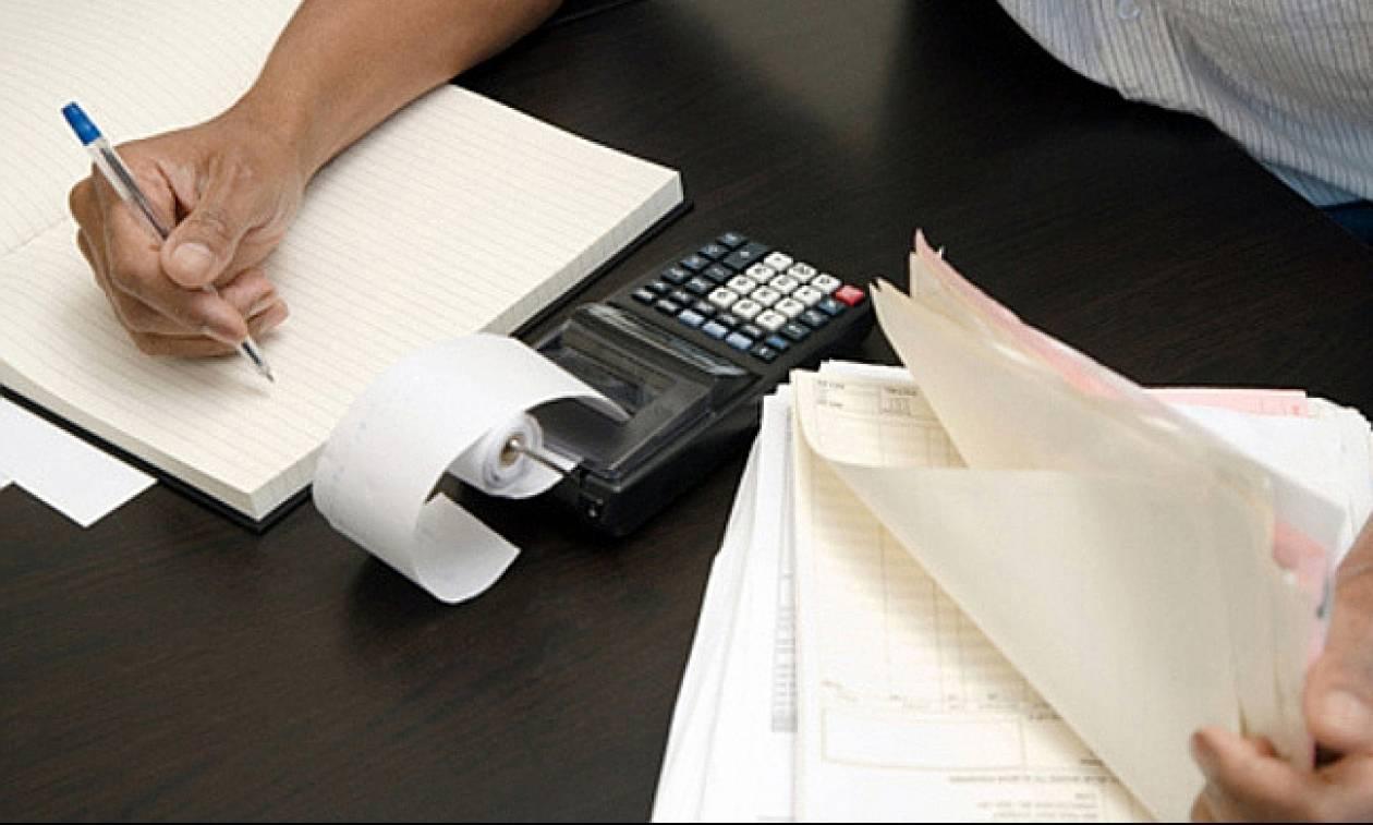 Ξεκινούν οι κατασχέσεις για χρέη στο Δημόσιο