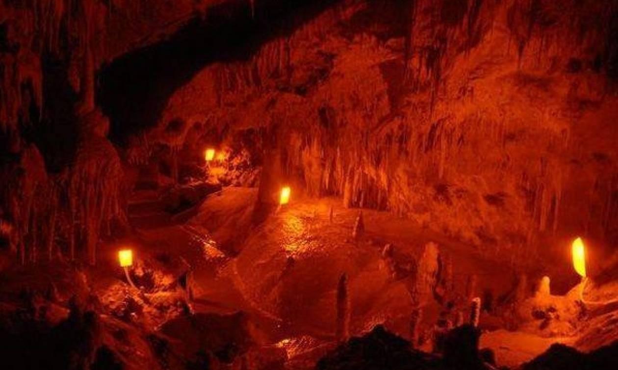 Στο σπήλαιο της Ανεμότρυπας στα Πράμαντα των Τζουμέρκων