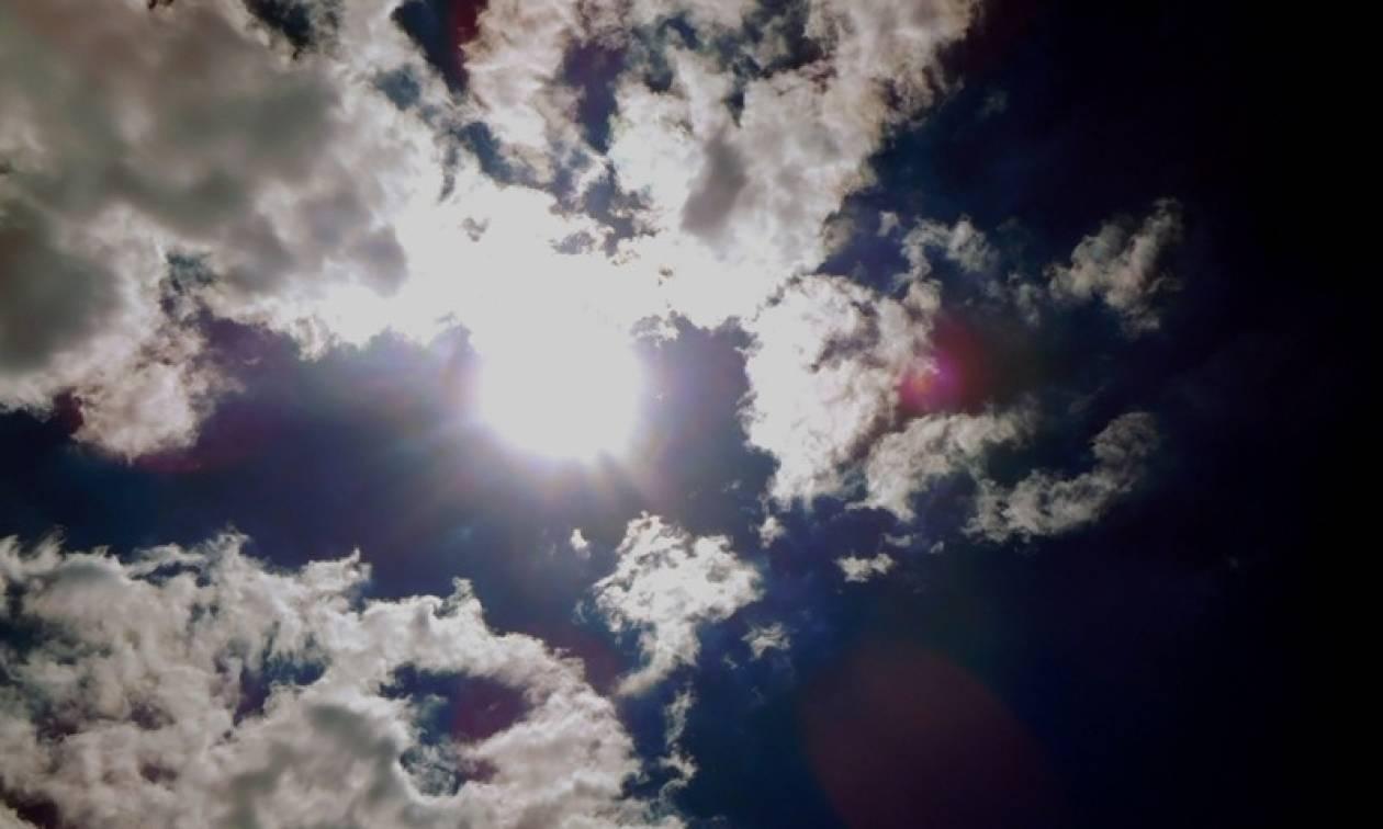 Καιρός: Ανοιξιάτικος το Σάββατο - Βροχές από την Κυριακή