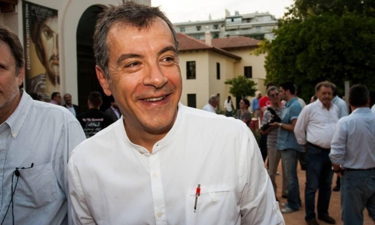 Στ. Θεοδωράκης: Ο Τσίπρας φλέρταρε με το σενάριο της δραχμής