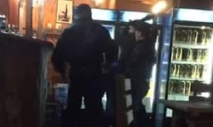 Δεν πλήρωσε το λογαριασμό και «έφαγε» της χρονιάς του – Απίστευτο «ξύλο» σε εστιατόριο (vid)