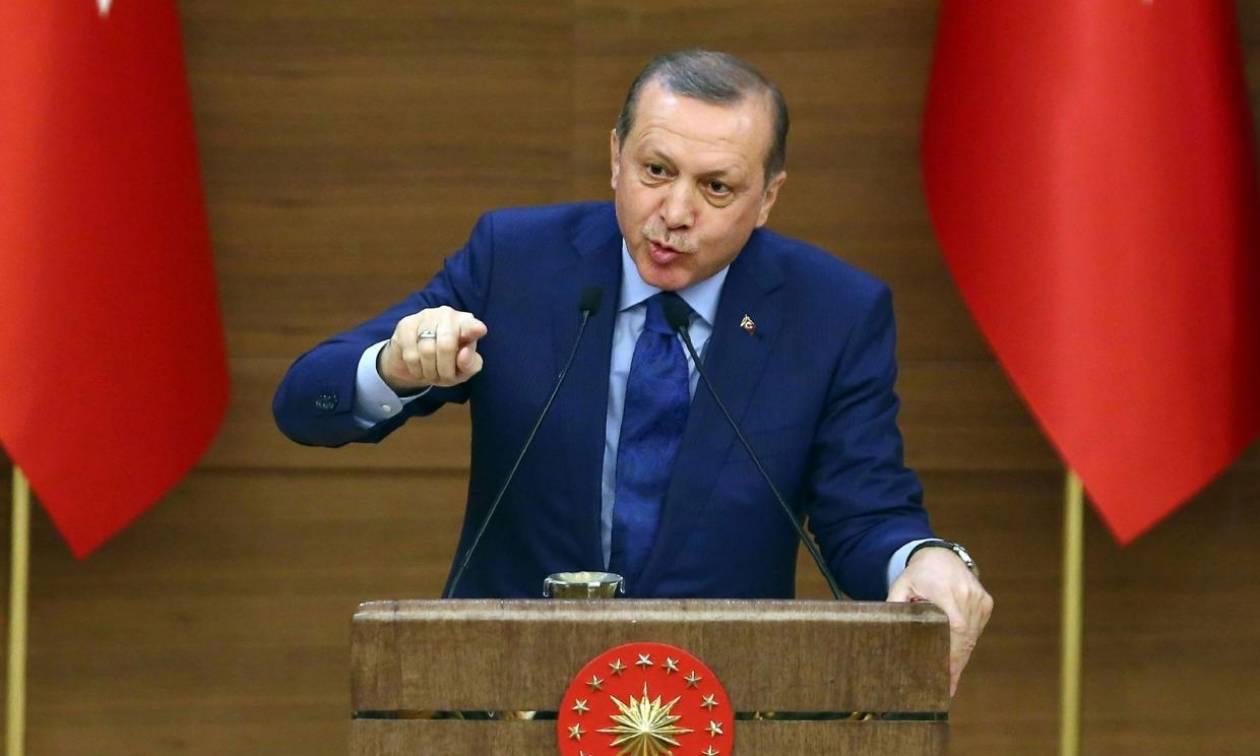 Εκτός ελέγχου ο Ερντογάν: Απαγόρευσε όλες τις δημόσιες συναθροίσεις έως τα τέλη Νοεμβρίου