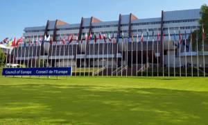 Η ΓΣΕΕ πάει... Στρασβούργο και καταγγέλλει τα Μνημόνια