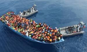 Ιταλία: Διάσωση 301 μεταναστών αλλά και 5 νεκροί