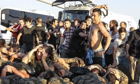«Στήνουν» στρατοδικεία στην Τουρκία: Προφυλακίζονται 40 στρατιώτες για το αποτυχημένο πραξικόπημα