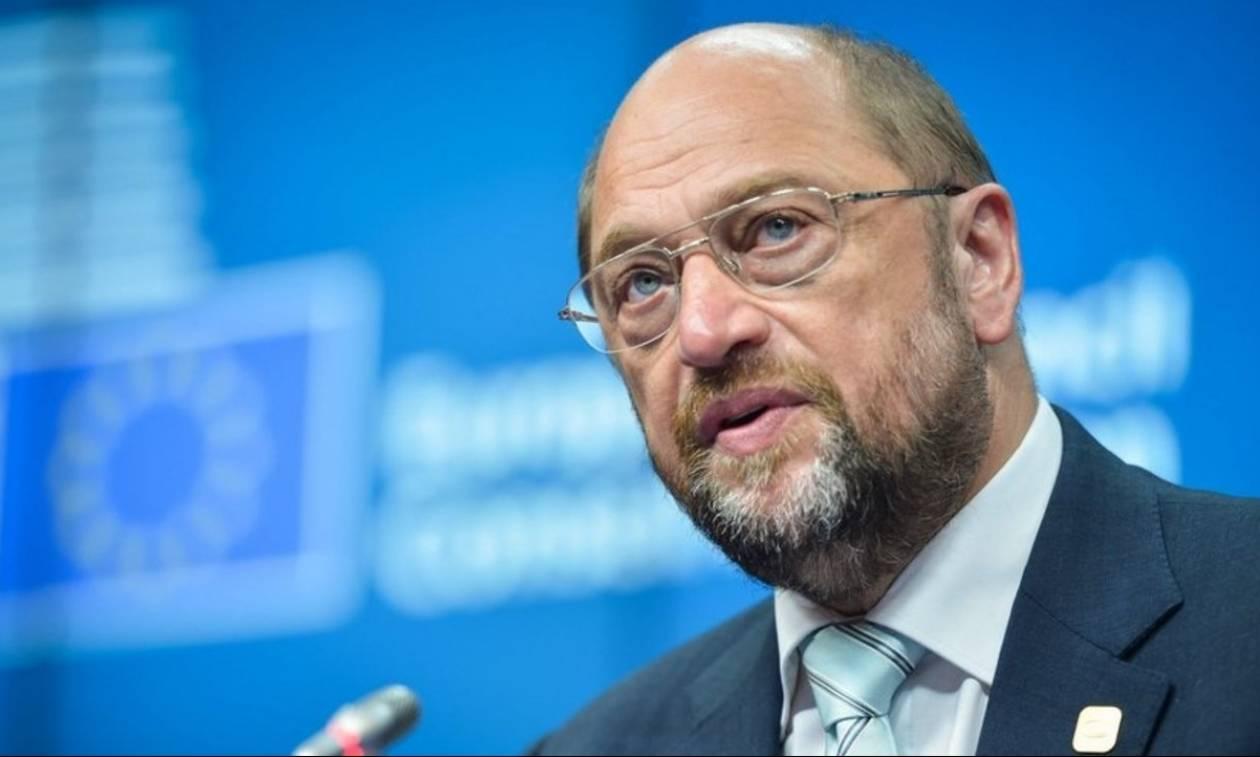 Ο Σουλτς «αδειάζει» τον Τσίπρα: Καμία πρωτοβουλία εκ μέρους μου για το ελληνικό χρέος (vid)