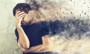 Κατάθλιψη: Με ποια συμπτώματα εκδηλώνεται στο στόμα