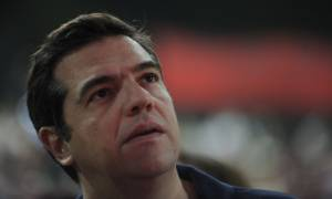 Reuters: Ανακατεύει την «τράπουλα» ο Τσίπρας – Φεύγει ο Σκουρλέτης, μένει ο Τσακαλώτος