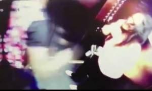 Βίντεο - σοκ: Γνωστός ποδοσφαιριστής χτυπάει αλύπητα τη σύντροφό του μέσα σε ασανσέρ
