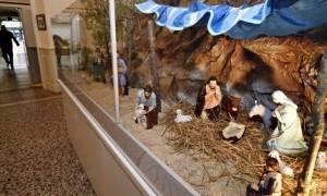 Διαμάχη στη Γαλλία για το αν επιτρέπονται οι χριστουγεννιάτικες φάτνες στους δημόσιους χώρους