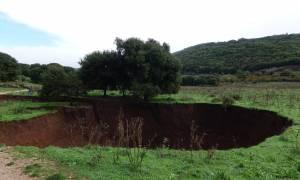 Απίστευτες εικόνες στα Ιωάννινα: «Κρατήρα» 20 μέτρων άνοιξε ο ισχυρός σεισμός (photo - video)