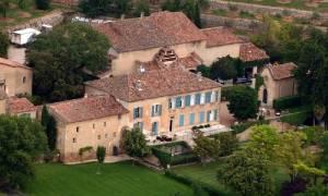 Τζολί - Πιτ: Στο «σφυρί» το κτήμα που παντρεύτηκαν στη Γαλλία (pics)