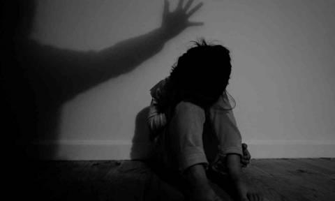 Πάτρα: Αναζητούν πατέρα για κακοποίηση των παιδιών του