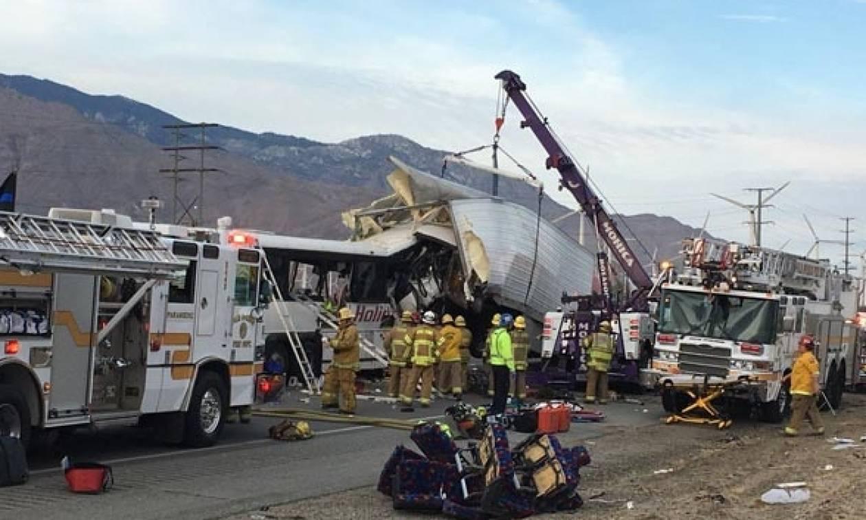 Τραγωδία στις ΗΠΑ: 13 νεκροί σε σύγκρουση τουριστικού λεωφορείου με νταλίκα