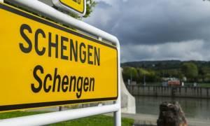 Κομισιόν: «Πράσινο φως» για τρίμηνη παράταση των συνοριακών ελέγχων στη Σένγκεν