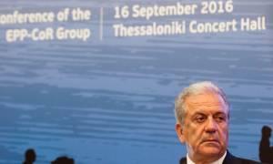 Αβραμόπουλος: Δεν θα μείνουν για πάντα στην Ελλάδα οι μετανάστες