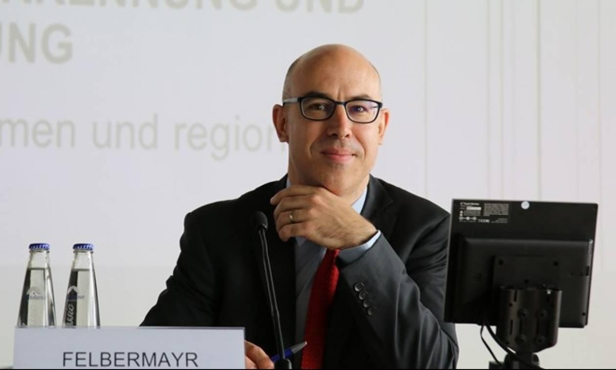 Ifo: Καλύτερα η Ελλάδα να γυρίσει στη δραχμή - Κούρεμα χρέους με δήλωση πτώχευσης