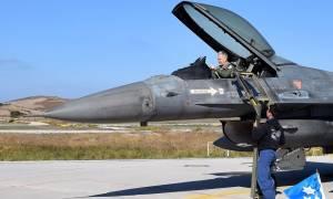 Πολεμική Αεροπορία: Επίσκεψη του Αρχηγού ΤΑ στο Κλιμάκιο Αεροσκαφών Ετοιμότητας της 135ΣΜ (pics)