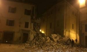 Σεισμοί στην Ιταλία: Συνδέονται με τις σεισμικές δονήσεις στην Ελλάδα;