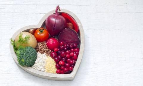 Πέντε διατροφικές αλλαγές για να προστατεύσετε την καρδιά σας