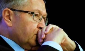 Ρέγκλινγκ: Δεν πειράζει το χρέος, σας δανείζουμε φθηνά