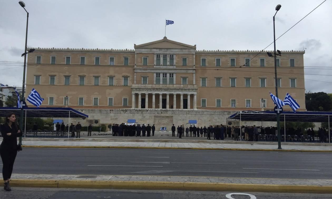 28η Οκτωβρίου 1940 - Live: Σε εξέλιξη η μαθητική παρέλαση στην Αθήνα (photo)