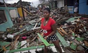 Σκηνές Αποκάλυψης στην Αϊτή: Στα 2 δισεκατομμύρια το ύψος των ζημιών από τον κυκλώνα Μάθιου