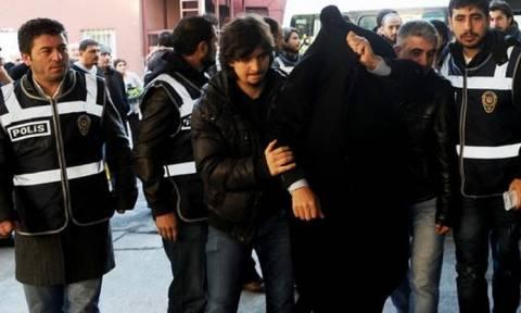 Πραξικόπημα Τουρκία: Στον «πάγο» 10.000 δημόσιοι ύποπτοι λειτουργοί