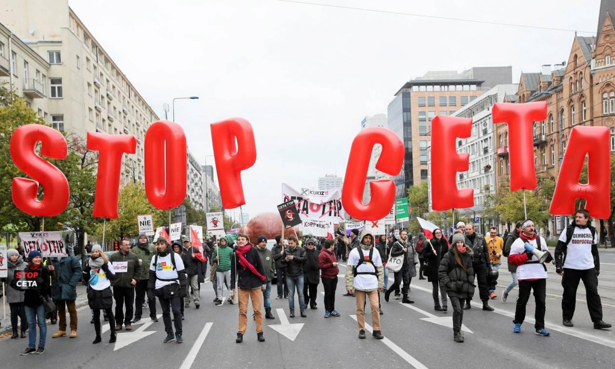 Βέλγιο: Υπογράφτηκε η συμφωνία ελεύθερου εμπορίου ΕΕ-Καναδά (CETA) παρά τις διεθνείς διαμαρτυρίες