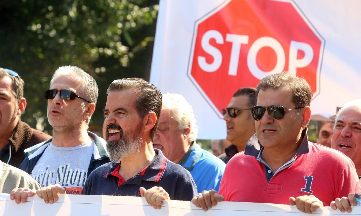 Αίσχος! Ετοιμάζουν μισθούς και συντάξεις Βουλγαρίας στην Ελλάδα!