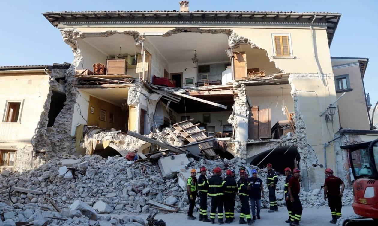 Σεισμός Ιταλία: Στους 30.000 οι άστεγοι από τον καταστροφικό Εγκέλαδο