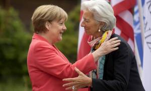 Μέρκελ και Λαγκάρντ αποφασίζουν για το χρέος