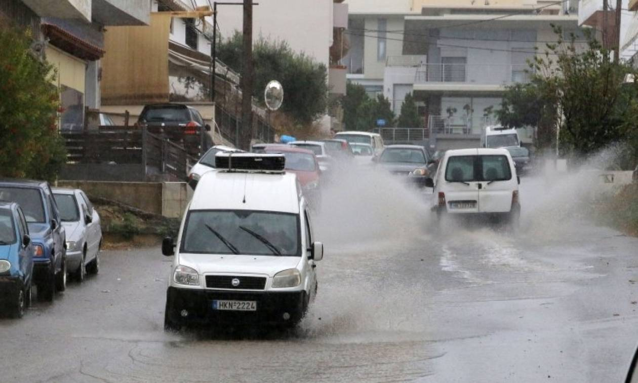 Στο έλεος της κακοκαιρίας το Ρέθυμνο - Έντονες βροχοπτώσεις και θυελλώδεις άνεμοι
