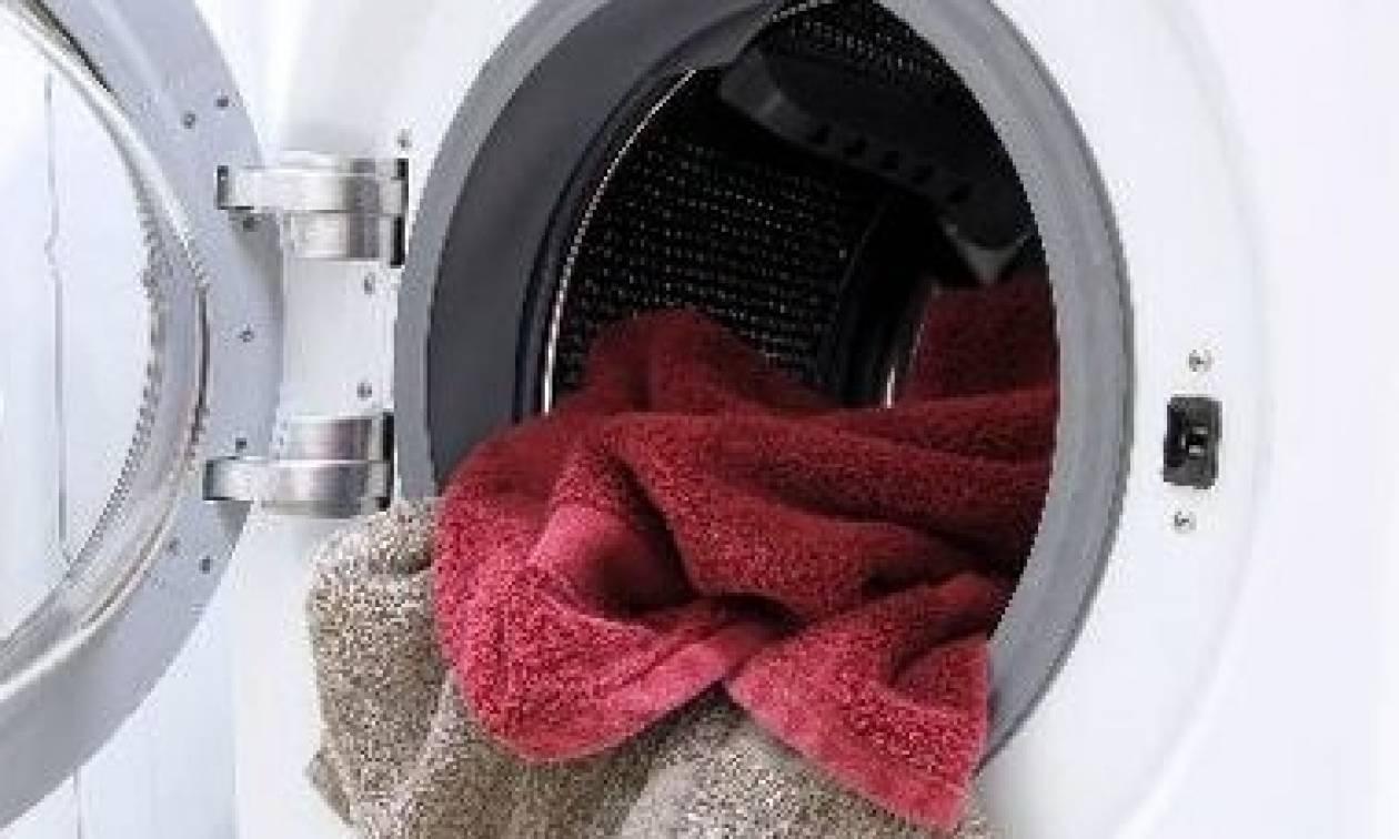 Αυτό είναι το μεγάλο λάθος που κάνουμε καθημερινά με το πλυντήριό ρούχων...