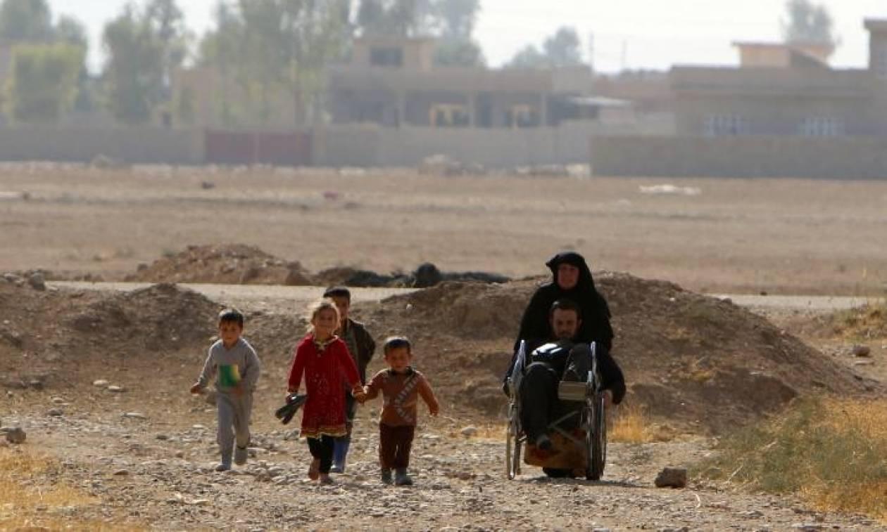 Συγκινητική ιστορία Ιρακινού με αναπηρικό αμαξίδιο: Διασχίζει το Ιράκ για να σωθεί από το ΙΚ